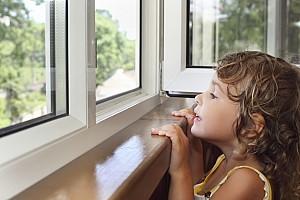 window-girl.jpg: 1698x1131, 1703k (May 18, 2012, at 05:13 AM)